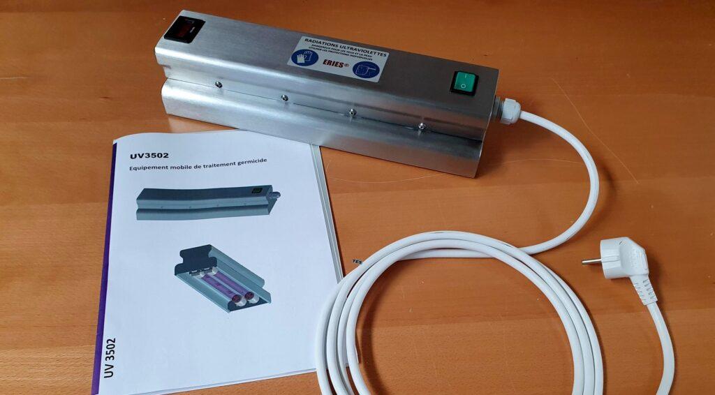 Lampe de désinfection par rayonnement UV-C portable